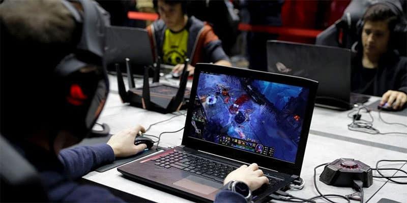 Dépendance aux jeux vidéos sur PC Gamer